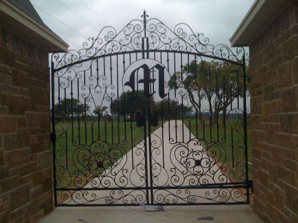 Gate27